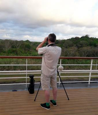b2ap3_thumbnail_Jeff-scanning-the-canopy-Panama-Canal-off-Balmoral-Feb-2019-ADC.jpg
