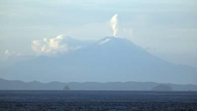 b2ap3_thumbnail_Mt.-Agung-erupting-on-Bali-120318-JJC_20180326-193113_1.jpg